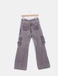 Pantalon baggy gris topo detalles bolsillos y bordados a color Desigual