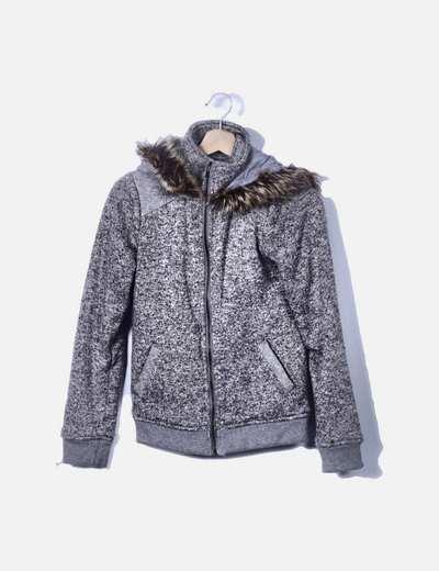 Chaqueta tricot gris jaspeado con cremallera