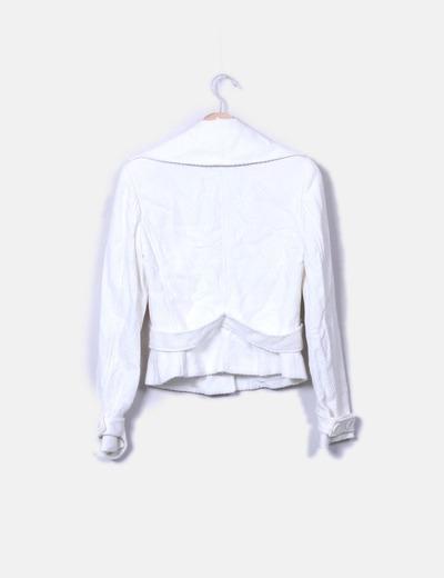 Abrigo corto blanco