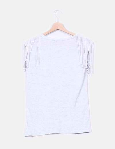 Camiseta detalle flecos