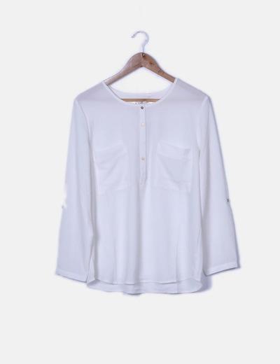 Blusa blanca bolsillos