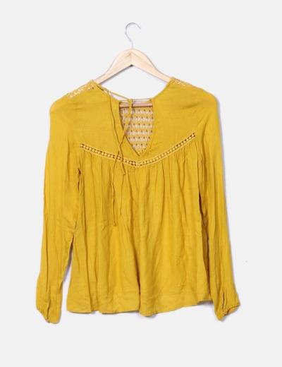 Camisa crochet color mostaza