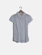 Blusa camisera blanca texturizada edc