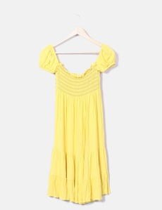 9c480370a3 Vestido plissado amarelo Denny Rose