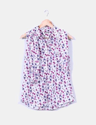 Blusa floreada estampada In Extenso