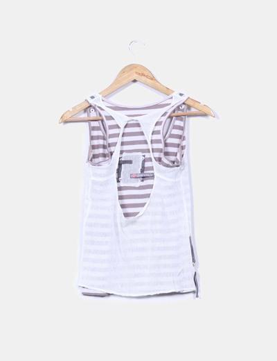 Camiseta combinada con rayas