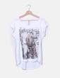 Camiseta blanca print girl Stradivarius