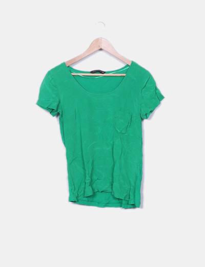 Camiseta verde doble textura