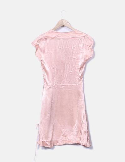 Vestido fluido rosa satinado