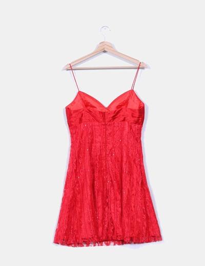 Vestido encaje rojo con pedreria
