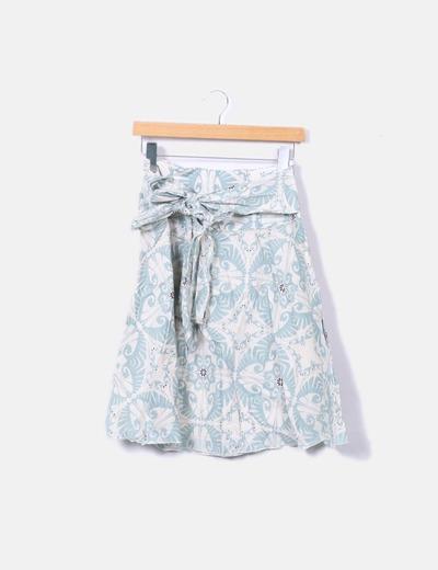 Falda beige y azul floral combinada