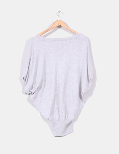 Jersey gris claro con manga corta