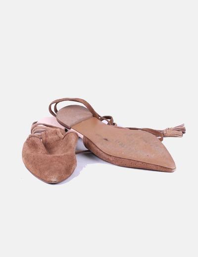 Zapato plano destalonado marrón