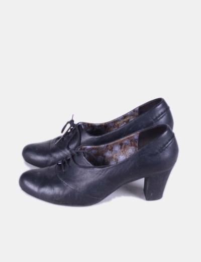 Zapato negro  blucher con tacón  Camper
