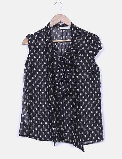 Blusa negra print calaveras Suiteblanco