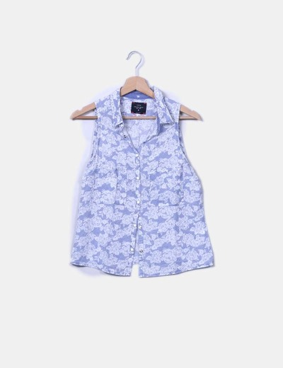 Camisa fluida floral sin mangas Bershka