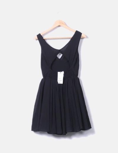 3d6e2322b Suiteblanco Vestido negro con vuelo (descuento 59%) - Micolet