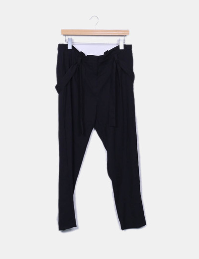 Pantalon negro Mango