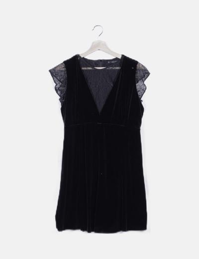 Vestido negro de terciopelo combinado