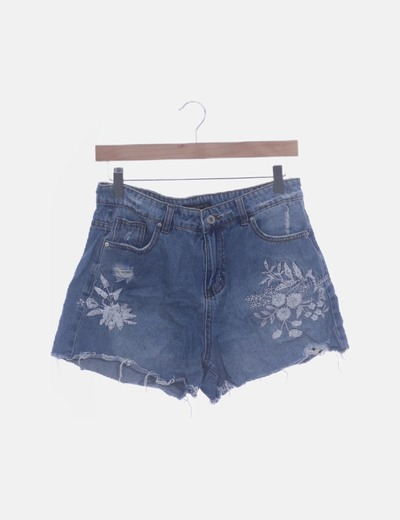 Short denim con bordado