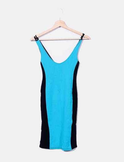 Vestido ceñido azul y negro