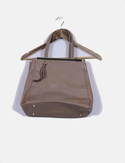 Bolso marrón texturizado E. Caprice