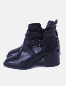 ed9712f4060 Compra Online zapatos STRADIVARIUS Mujer