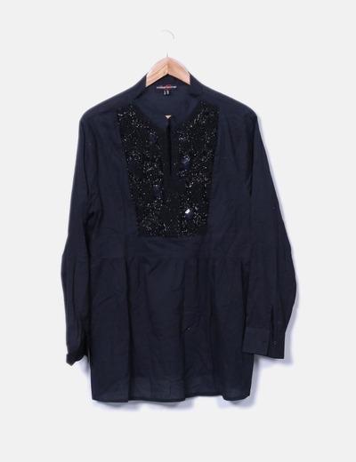 Blusa negra detalle pedrería October