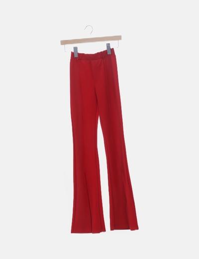 Pantalón baggy rojo campana abierta
