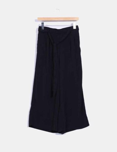 Pantalón culotte negro con lazada Zara
