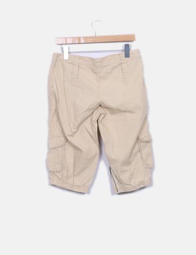 Pantalon beige pirata bombacho