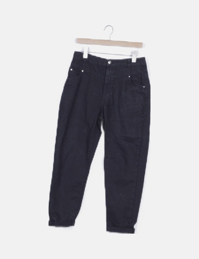 Pantalon denim negro con dobladillo