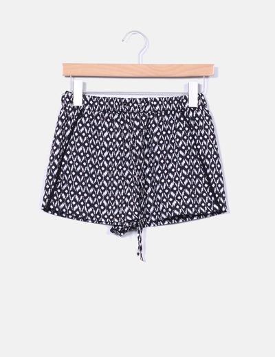 Shorts blanco y negro Zara