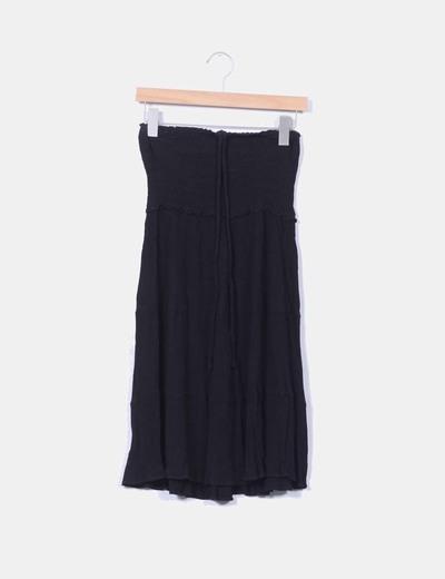 Vestido negro texturizado con goma NoName