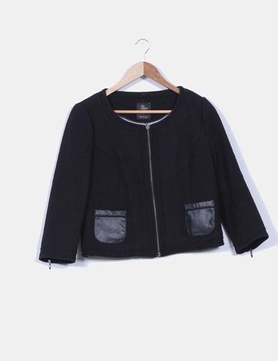 Chaqueta chanelita negra texturizada Zara