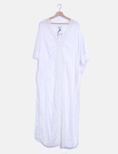 Kaftán blanco crochet