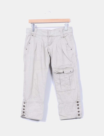 Pantalón pirata beige estilo safari Pull&Bear