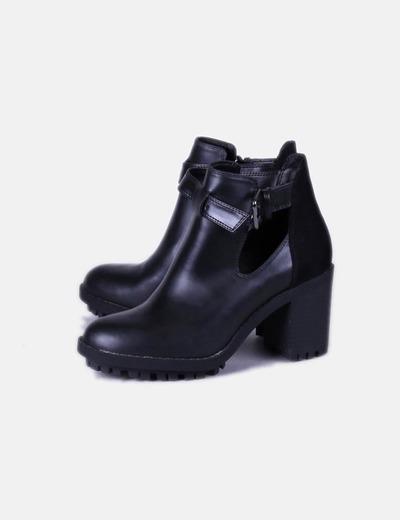 d3c0ecd21e2 Zara Botines negros doble textura con tacón (descuento 80%) - Micolet