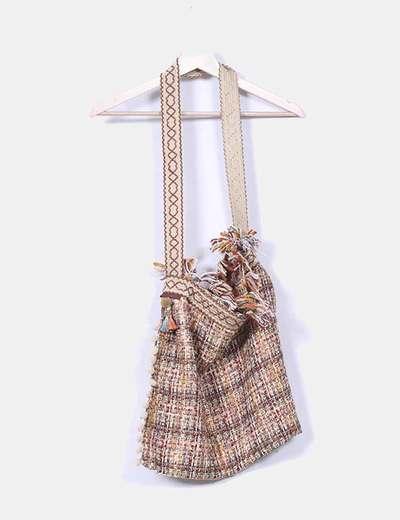 Bolso tweed camel con borlas