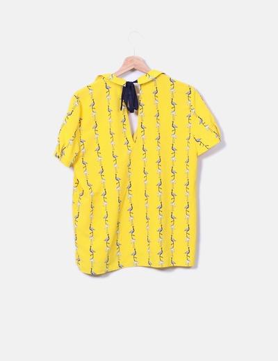 Camisa amarilla estampado flamencos