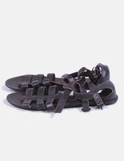 Sandalia romana de cuero