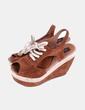 Sandales marron compensées en daim avec lacets aïta