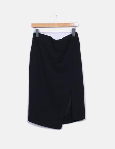 Falda negra con abertura Suiteblanco