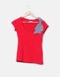 Camiseta roja con lazo de rayas Zara