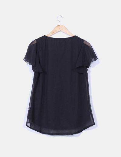 Blusa negra con strass