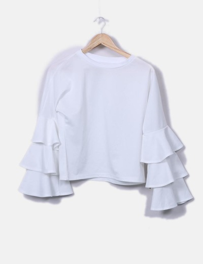 Blusa blanca mangas con volantes
