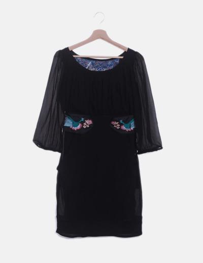 Vestido de gasa negro bordado