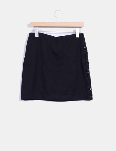 Mini falda pedreria negra
