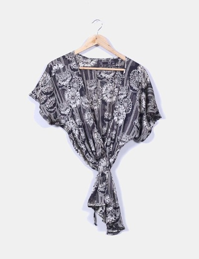 Blusa fluida estampada beige y negra  Zara