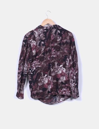 Blusa de seda floral drapeada